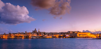 Valletta na noite, Malta Foto de Stock Royalty Free