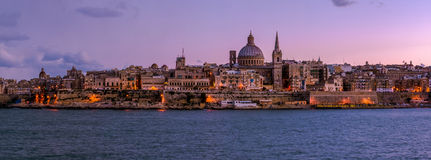 Valletta na noite, Malta Imagens de Stock Royalty Free