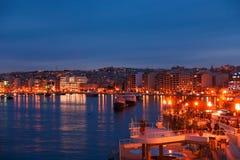 Valletta-Seeseiteskylineansicht, wie von Sliema, Malta gesehen Lizenzfreie Stockfotos
