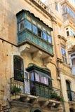 Valletta Straße Maltas im August 2015 schönes altes houe in der Mitte stockfoto