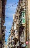 Valletta - Straßen und Balkone Lizenzfreie Stockbilder
