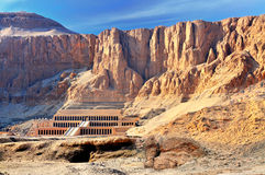 Valley of the Kings. The Hatshepsut temple in the Valley of the Kings, in Egypt, late in the evening, just before the sunset Stock Photo