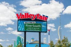 Valleyfair Amusement Park Entrance and Sign Royalty Free Stock Images