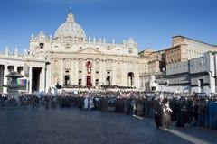 Vallfärdar på mass för påven Francis Arkivfoton
