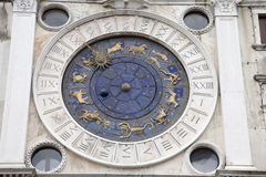 Vallon Orologio - tour d'horloge, Venise de Torre Photo stock