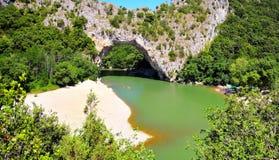 Vallon pont D, boog Ardeche, zuidelijk Frankrijk Stock Afbeelding