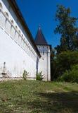 Vallum монастыря Savvino-Storozhevsky. Россия Стоковое фото RF