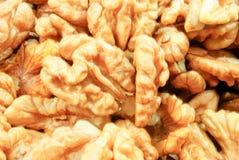 Valnötter - closeupsikten av många särar Royaltyfria Foton