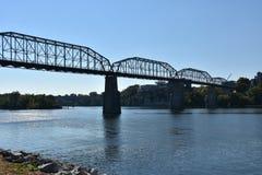 Valnötgatabro i Chattanooga, Tennessee Arkivbild