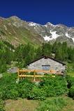 Valpelline, Aosta Valle, Italia Capanna di pietra tradizionale Fotografia Stock