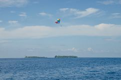 Valscherm in de hemel over Indische oceanen het Eiland de Maldiven royalty-vrije stock foto