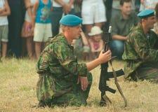 Valschermjager die perimeter bewaakt Royalty-vrije Stock Foto's
