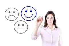 Valt lyckligt för affärskvinna på tillfredsställelseutvärdering Isolerat på vit royaltyfri fotografi
