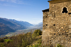 Valtellina em cumes italianos Imagem de Stock Royalty Free