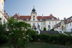 Valtice城堡。 夜间 免版税图库摄影