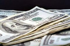 Valuta degli Stati Uniti cento fatture del dollaro. Immagine Stock