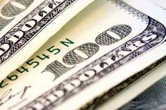 Valuta degli Stati Uniti cento fatture del dollaro. Immagini Stock