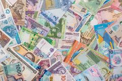 Valuta och sedlar från världen Arkivfoto