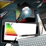 Valutazione di rendimento energetico - Camera con la lampadina Fotografia Stock