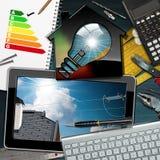 Valutazione di rendimento energetico - Camera con la lampadina Fotografia Stock Libera da Diritti