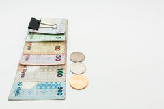Valute del Qatar cento riyal, cinquecento riyal, cento riyal, cinquanta riyal, dieci riyal, cinque riyal ed un riyal Immagini Stock