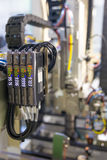 Valve pneumatique et indicateur de pression électriques, ingénierie d'automation Image libre de droits