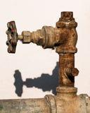 Valvola arrugginita dell'acqua Fotografia Stock Libera da Diritti