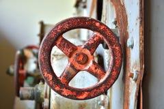 Valvola di Rusty Old Safety Shut Off immagini stock