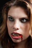 Vampire avec les dents ensanglantées Photos libres de droits