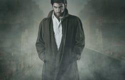 Vampiro nella nebbia fotografia stock libera da diritti