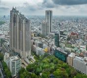 Van bedrijfs Azië concept voor onroerende goederen en collectieve bouw - het panoramische stedelijke satellietbeeld van de stadsh stock foto's