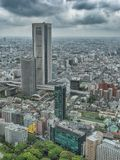 Van bedrijfs Azi? concept voor onroerende goederen en collectieve bouw - het panoramische stedelijke satellietbeeld van de stadsh royalty-vrije stock foto's