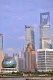 Van bedrijfs Shanghai district naast rivier huang-Pu Stock Foto's