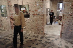 19/92 Van bij het begin Moderne kunsttentoonstelling in Moskou Stock Foto