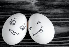 Van concepten menselijke verhoudingen en emoties Romaanse eieren - Stock Afbeeldingen