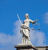 Van dame Justice (Justitia) het standbeeld in Dublin stock afbeelding