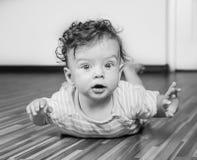 7 van de babymaanden jongen Royalty-vrije Stock Afbeeldingen