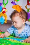 7 van de babymaanden jongen Stock Fotografie