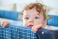 9 van de babymaanden oud jongen Stock Afbeeldingen