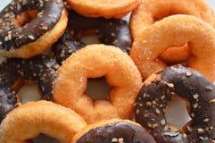 Van de bakkerijproducten van Donutsframbozen van het fruitbessen het voedselcake Stock Afbeeldingen