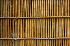 Van de bamboe detial omheining mooie muur als achtergrond Stock Afbeeldingen