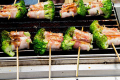Van de barbecue (BBQ) grill de mening stock fotografie