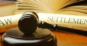 Van de de advocatenwet van de advocaatprocureur van de de regelings voor het gerecht magistraat de rechtershamer stock videobeelden