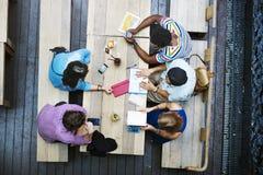 Van de de Brainstormingsbespreking van de mensenvergadering het Collectieve Concept Stock Afbeelding