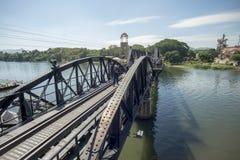 VAN DE DE DOODSspoorweg VAN THAILAND KANCHANABURI DE BRUGrivier KWAI Royalty-vrije Stock Afbeeldingen