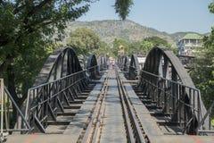 VAN DE DE DOODSspoorweg VAN THAILAND KANCHANABURI DE BRUGrivier KWAI Stock Fotografie