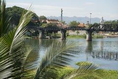 VAN DE DE DOODSspoorweg VAN THAILAND KANCHANABURI DE BRUGrivier KWAI Royalty-vrije Stock Foto's