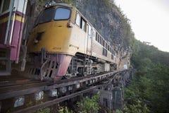 VAN DE DE DOODSspoorweg VAN THAILAND KANCHANABURI DE RIVIER KWAI Stock Afbeelding