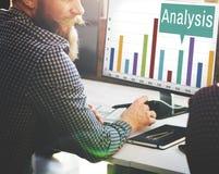 Van de de Grafiekgroei van analyseanalytics de Statistiekenconcept Royalty-vrije Stock Foto