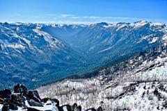 Van de de meningsvorm van de bergvallei de bergbovenkant Royalty-vrije Stock Fotografie